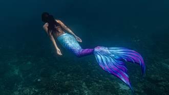 馬路淹大水「驚見美人魚」網友一看照片全傻眼