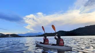 日月潭尚「青」!8年級生投入獨木舟、立式划槳觀光商機