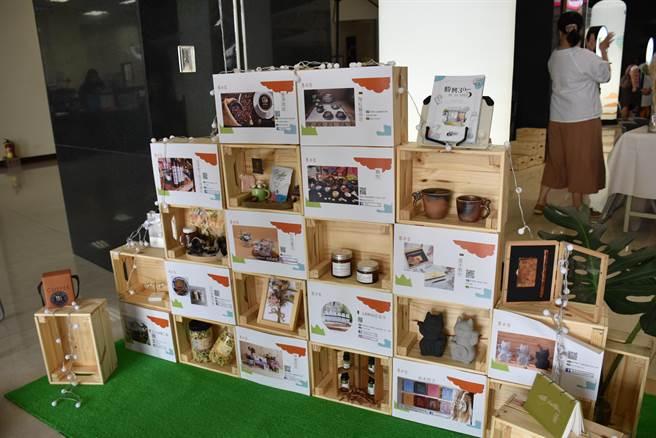 縣府將邀集15至25個苗栗青創產業商家共組菁市集來行銷苗青產業。(謝明俊攝)