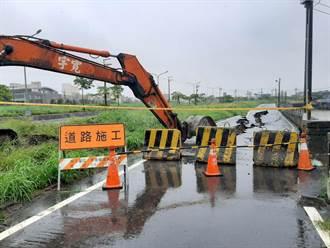 不敵豪大雨塌陷60公尺  梧棲大排啟動搶修