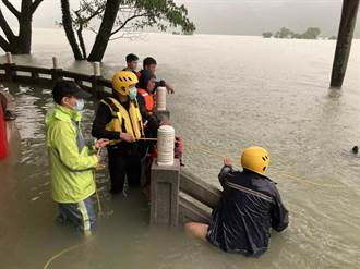 成大研究生墜曾文水庫失蹤 今出動水上摩托車擴大搜救
