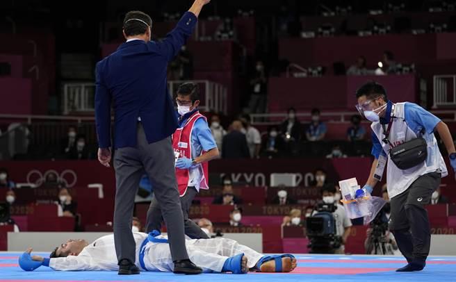 伊朗選手醒來發現自己奪金(美聯社資料照)