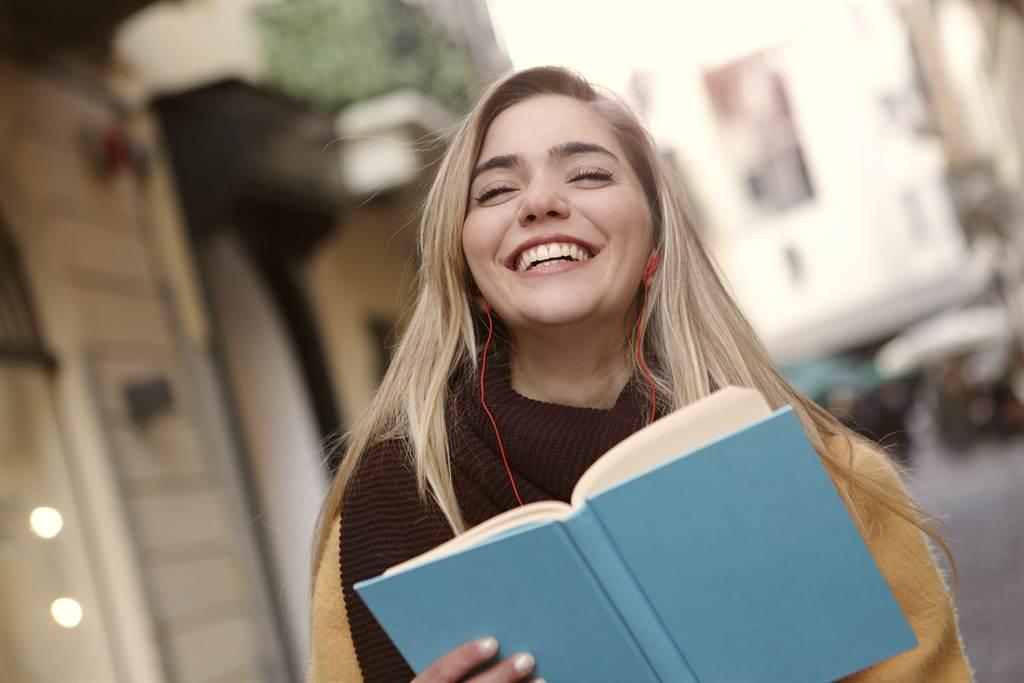 看經典原文書培養英文語感 該如何開始?