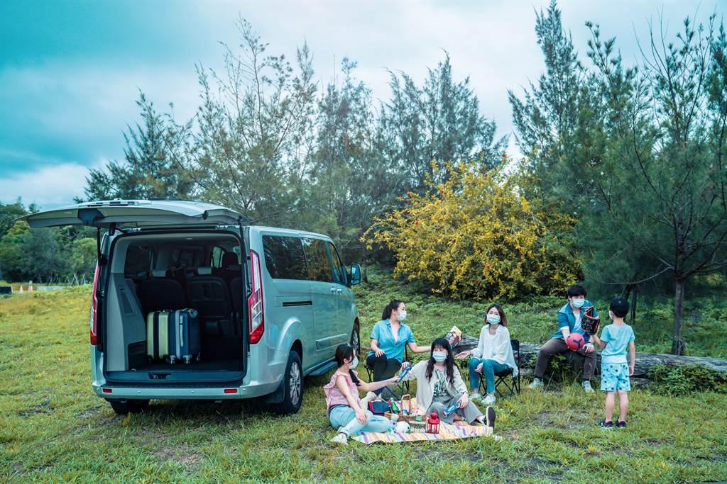 Ford攜手礁溪晶泉丰旅,讓旅人放心微出走,探訪宜蘭人氣景點「壯圍沙丘旅遊服務園區」,感受舒適愜意的自然氛圍。(圖/業者提供)