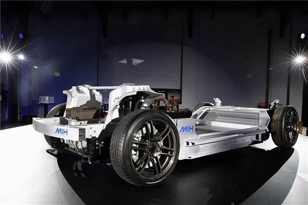 鴻海MIH電動車2023年量產 十月中搶先展示三款新車(圖/DDCAR)