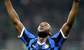 足球》歐超冠軍再升級 「黑魔獸」盧卡庫重返切爾西