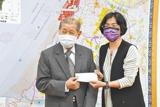 立志捐1.8億助人 王波濤92歲達標