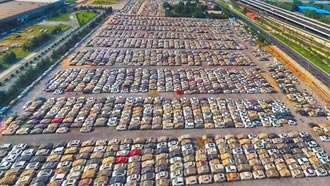 鄭州近24萬輛車泡水 湖北21人遇難