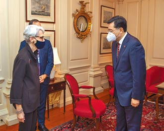 秦剛:台灣問題是中美最敏感問題