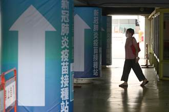 「年輕人苦等不到疫苗」他嘆已與長者有心結 點出台灣2大困境