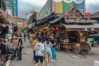 新竹縣3處老街情人節假期人潮回流4到5成
