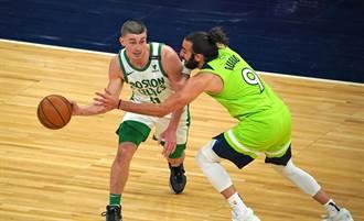 NBA》驚天狂炸92分 綠軍小將業餘聯賽力退同級對手