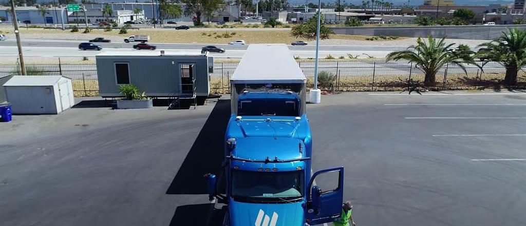 自動駕駛卡車新創Embark透過NVIDIA DRIVE開發通用平台(圖/CarStuff)