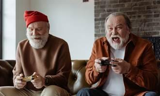 高齡打電動 真能活得更健康!研究:有效防失智