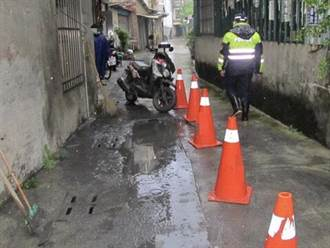女騎士因坑洞摔車 岡山警方對施工單位罰2400元