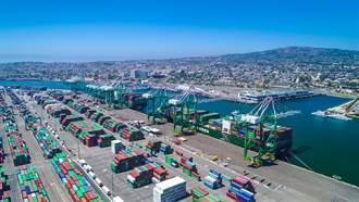 全球港口65年來最大危機 疫情下貨輪排隊等卸貨