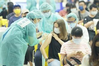 北市510位班導師等不到國際認證疫苗 議員轟逼人打高端