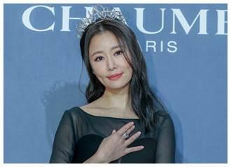 林心如戴CHAUMET冠冕 從公主變女王