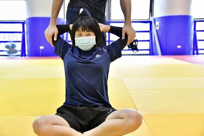 台中視障柔道女力李凱琳前進東京帕運 中市府預祝勇奪佳績