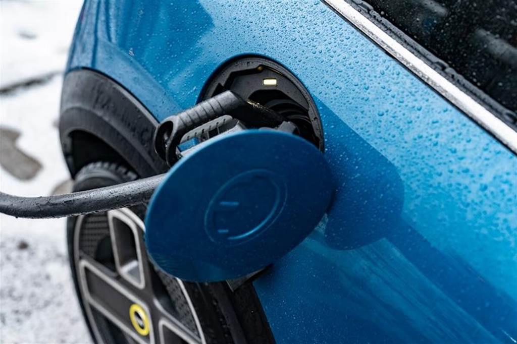 再添電動車生力軍,Mini Cooper SE 今年第四季將在台預售(圖/DDCar)