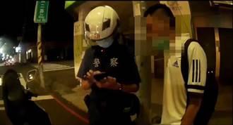 未戴安全帽騎車逛大街 高雄警意外逮到通緝犯
