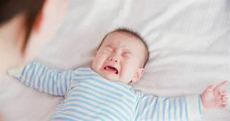 寶寶監視器出現詭異光點 下秒男嬰狂抖 網驚:被拉腳