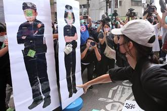 南鐵強拆黃家 社運團體赴民進黨中央丟鞋諷:最會溝通的政府
