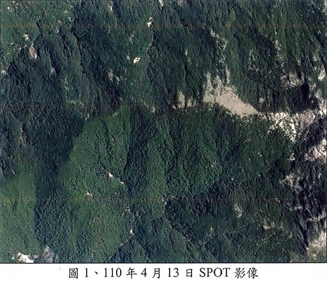 NCC前專委喬建中等5人引發12天森林大火,南投地檢署偵辦找出失火前營地周圍衛星照片。(南投地檢署提供/黃國峰南投傳真)