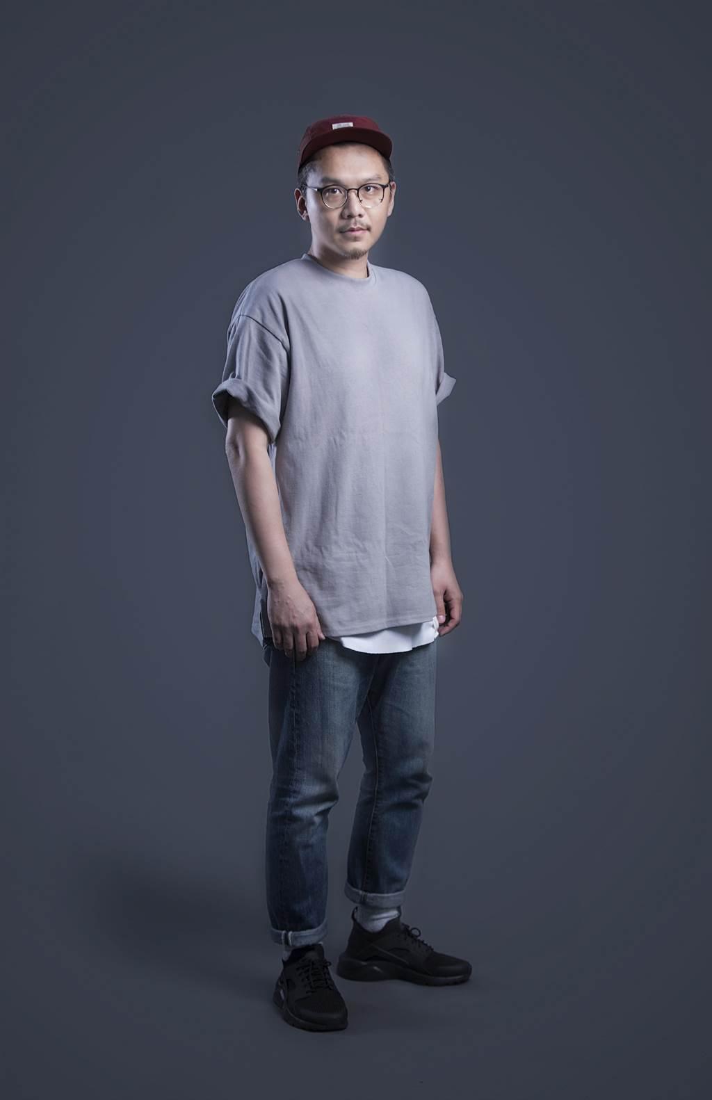 華梵大學美術系校友王宗欣執導《家常音樂》MV贏得最佳MV獎殊榮,令華梵師生同感榮耀。(華梵大學提供)