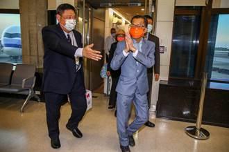 駐泰代表李應元健康因素請辭 今返台身形消一大圈