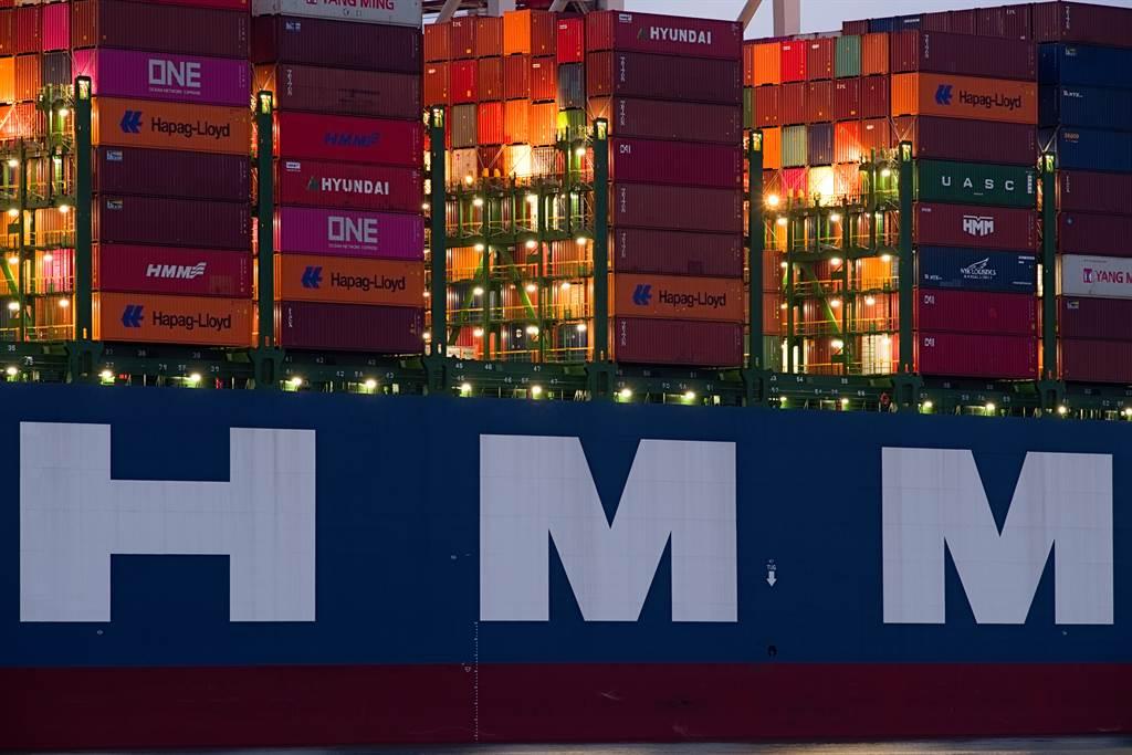 韓國航運巨頭HMM船員釀罷工。(圖/達志影像/shutterstock)