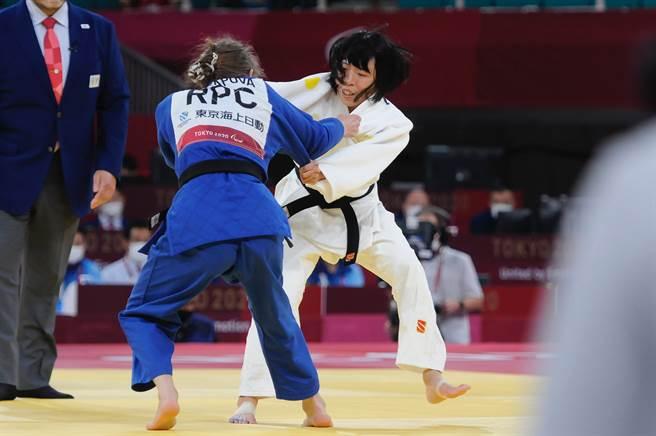 視障柔道選手李凱琳在東京帕運不敵俄羅斯老將,無緣奪中華隊首面獎牌。(體育署提供)