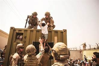 英爆無視數千封求救信 被拋下的阿富汗人恐不計其數