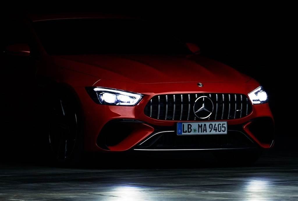 Mercedes-AMG以只有車頭的照片預告,即將在9月1日發表新車。(圖/Mercedes-AMG粉絲頁)