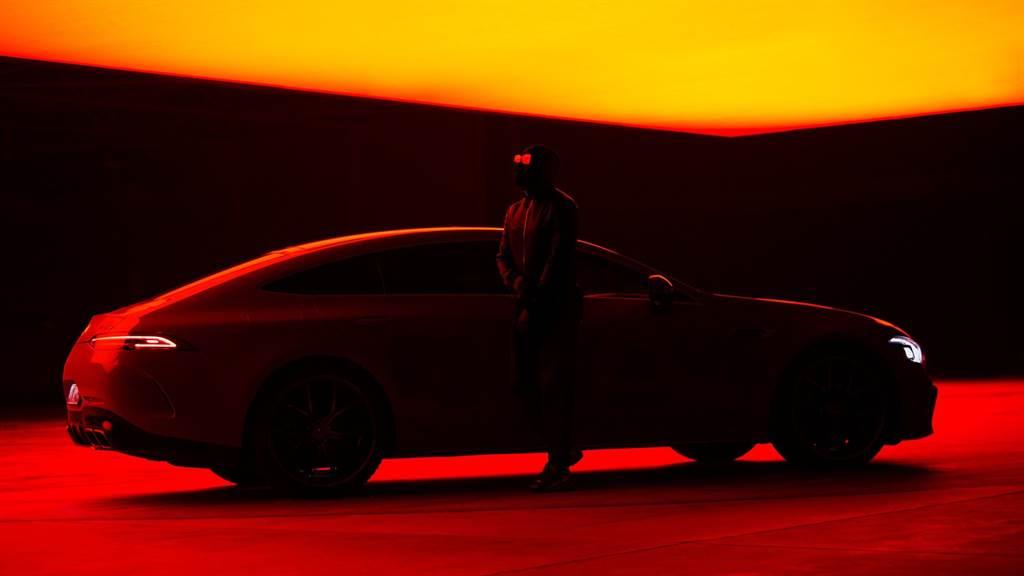 昨日Mercedes-AMG再次發出一張清楚顯示AMG GT-4Door Coupe的照片,搭配上「A new power is coming.」的字眼,預告該車將獲得全新動力加持。(圖/Mercedes-AMG粉絲頁)