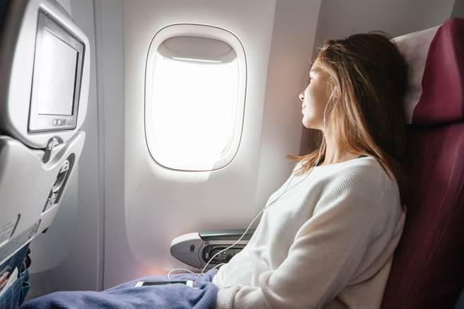 外國一名資深機長指出,若在搭乘飛機時自行更換座位,很可能導致飛機在起飛時墜毀的恐怖下場。(示意圖/達志影像)