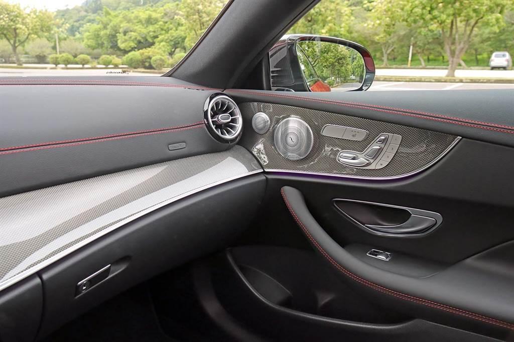 美型性能轎跑改款添殺氣 Mercedes-AMG E53 Coupe 4MATIC+試駕(圖/CarStuff)
