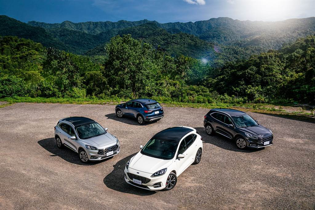 九月入主Ford Kuga 21.5年式「X」 可享早鳥優惠和5年延長保固。(圖/業者提供)