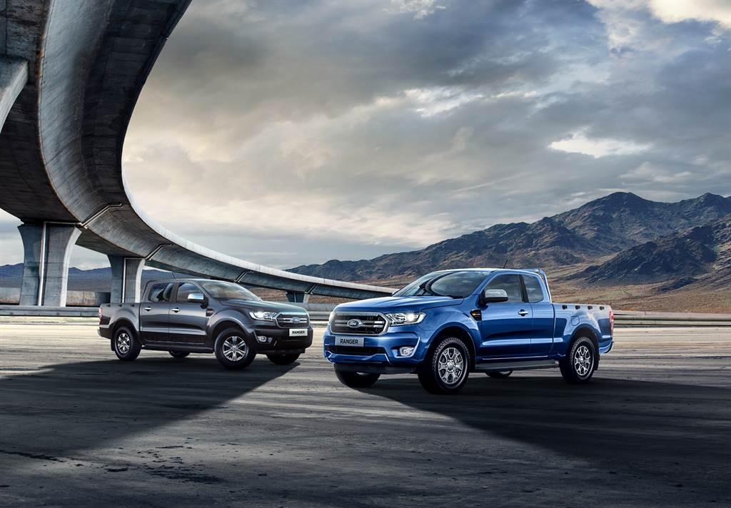 21年式Ford Ranger職人型和全能型舊換新優惠價99.8萬起,再享免費升級原廠加長型車斗防滾籠(市價NT$41,400)。(圖/業者提供)