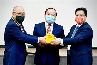 《傳產》造紙公會理事長 華紙董事長黃鯤雄接任