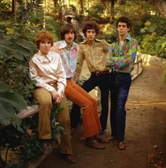 傳奇搖滾樂團「地下絲絨」 紀錄片收錄從未曝光畫面