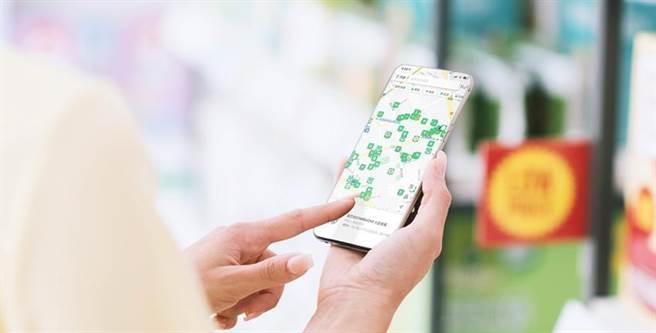 (LINE Pay改版「合作通路」服務新增「優惠快捷鍵」,一鍵查找店家優惠。圖/LINE Pay提供)