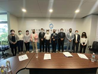 中華太陽能室內養殖發展協會成立 為漁電共生盡心力