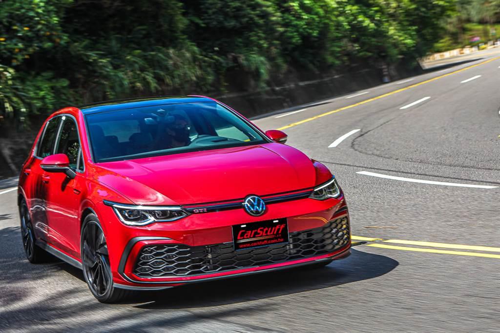 Volkswagen Golf GTI精進電控加持,打造三字母史上最極限操控魅力!(圖/CarStuff_Allen Chao攝)