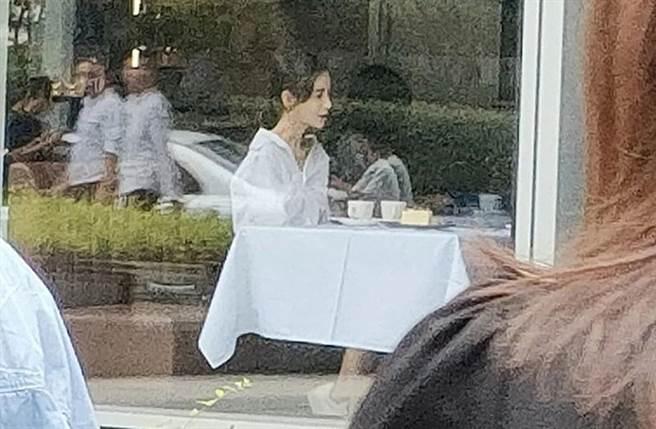 Angelababy被民眾目擊拍戲爆瘦。(圖/取自《on.cc東網》)