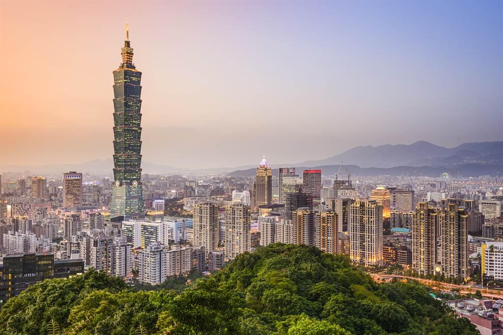 台北市房價居高不下。(圖/shutterstock)