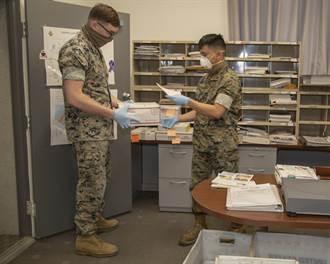 美陸戰隊下士不戴口罩不打疫苗遭退伍 奇葩理由但前議員力挺