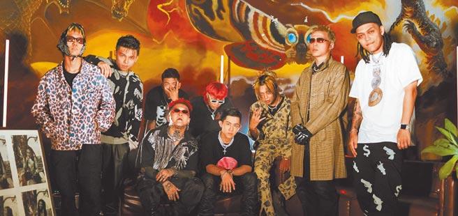台灣首檔饒舌選秀節目《大嘻哈時代》深受年輕人喜愛,參賽者們各自擁有許多粉絲。(Fansi提供)