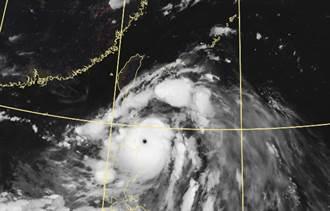 強颱璨樹來襲 一張圖秒懂各地風雨時程 北台灣強風豪雨