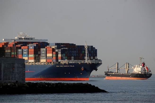 希臘船東Euroseas一艘貨櫃輪以20萬美元(約552萬新台幣)出租,再度刷新2個月前的天價紀錄。(圖/路透資料照)